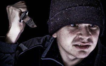 В Нижнем Тагиле сын-наркоман после отсидки за нападение на собственных родителей снова приставил нож к горлу отца