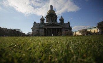 Голосовавших против передачи Исаакия депутатов предложили лишить мандатов