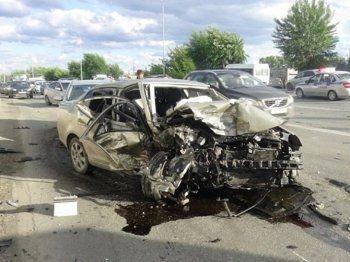 Пьяный житель Нижнего Тагила устроил массовую аварию, уходя от экипажа ДПС