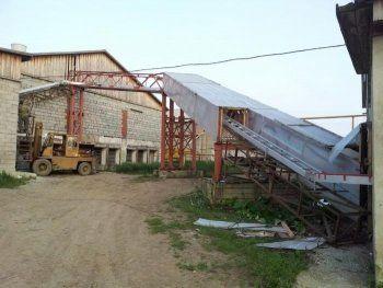 В пригороде Нижнего Тагила тракториста раздавило кирпичной стеной