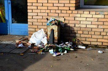Мэрия Нижнего Тагила решила опозорить в соцсетях и на уличных баннерах «самые грязные» торговые сети
