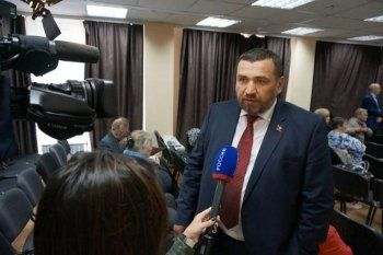 Кандидатом в свердловские губернаторы от КПРФ выдвинут банкир Алексей Парфёнов