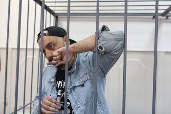 Суд поместил режиссёра Серебренникова под домашний арест