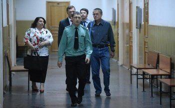 Суд продлил домашний арест Улюкаева на месяц