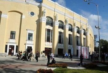 Ремонтировать Центральный стадион в Екатеринбурге будут весной