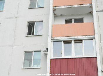 В Нижнем Тагиле молодой человек выбросился с четвёртого этажа