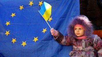 Совет ЕС одобрил отмену виз для Украины