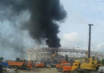 На строящемся стадионе ЧМ-2018 в Волгограде произошёл пожар (ВИДЕО)