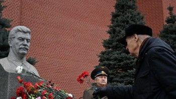 Установку памятных знаков в честь Сталина поддержали почти 80% молодёжи