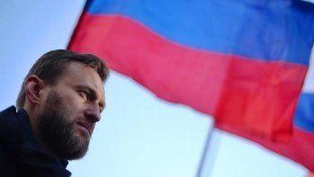 Навальный подал заявку на митинг за отставку Медведева