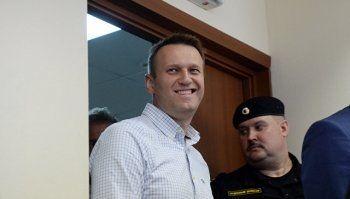 Суд оставил Навального в Кирове под подпиской о невыезде