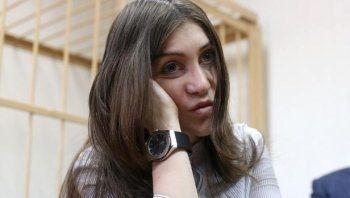 Участница гонок на Gelandewagen тагильчанка Мара Багдасарян будет отрабатывать наказание суда дворником
