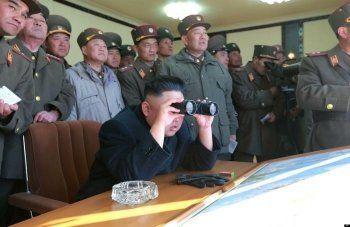 Северная Корея запустила три тестовые ракеты
