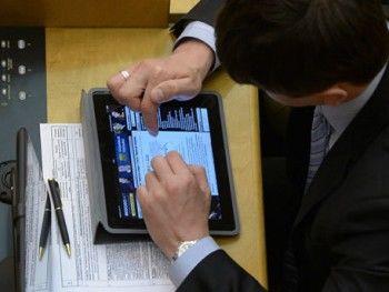 Госдума обязала чиновников сообщать о своих аккаунтах в соцсетях