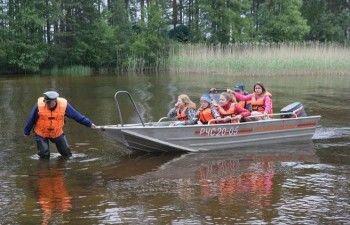 В Москве объявлен траур по погибшим на озере в Карелии детям