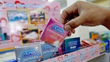 В России запретили продавать презервативы Durex