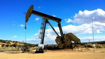 Цена нефти Brent упала на 6% после провала переговоров в Дохе
