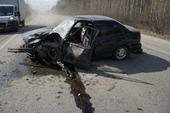 Под Нижним Тагилом в лобовом столкновении сошлись Hyundai и Chevrolet (ВИДЕО)