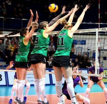 «Уралочка-НТМК» одержала победу в первом матче 1/4 финала Суперлиги