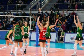 «Уралочка-НТМК» вышла в полуфинал Суперлиги