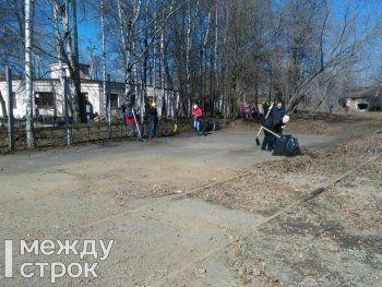 ЕВРАЗ НТМК провёл субботник на заводе-музее имени Куйбышева