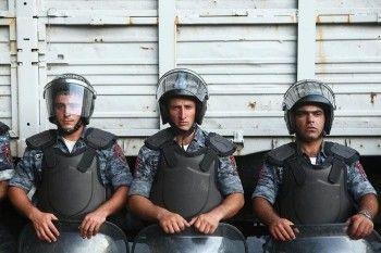 Захватившие отделение полиции в Ереване освободили всех заложников