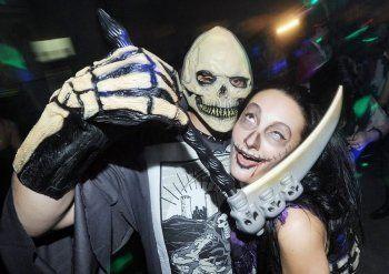 «Если отменим представление, нас просто порвут». Хэллоуин в клубах Нижнего Тагила отпразднуют, несмотря на траур