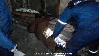В Нижнем Тагиле с четвёртого этажа выпал мужчина