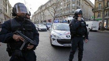Во Франции неизвестные с оружием захватили заложников