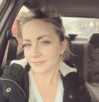 Суд отменил приговор осуждённой за репост Евгении Чудновец. «В течение недели освободят»