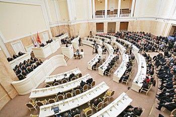 Петербургские депутаты переименуют городской округ из-за оппозиционной партии