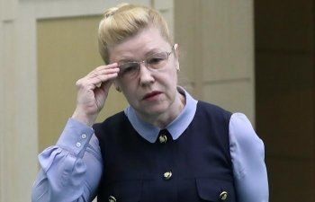 Сенаторы Мизулина и Нарусова поспорили о борьбе с коррупцией
