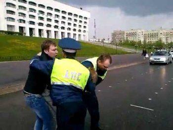 В Нижнем Тагиле сотрудников ГИБДД избили нарушители правил дорожного движения