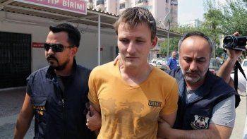 В Турции россиянина приговорили к 6 годам колонии за план сбить самолёт США при помощи беспилотника