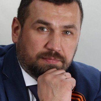 Свердловские эсеры требуют снять коммуниста Парфёнова с выборов свердловского губернатора из-за Пушкина