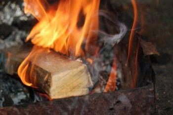 Свердловский школьник загорелся во время приготовления шашлыков
