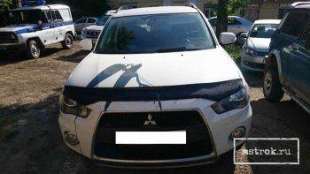 В Нижнем Тагиле вандалы облили краской автомобиль главврача ЦГБ № 4