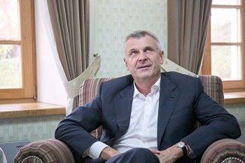 Доход мэра Нижнего Тагила Сергея Носова в 2017 году вырос в два раза