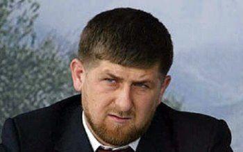 «Весь мир знает, что Путин убил твоего отца». Бывший чеченский генерал осудил Рамзана Кадырова за покорность президенту России