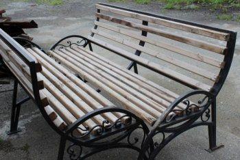 В Нижнем Тагиле украли скамейки из парка отдыха