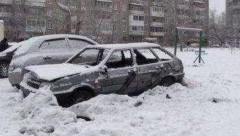 В Нижнем Тагиле мужчина сжёг автомобиль, чтобы погреться