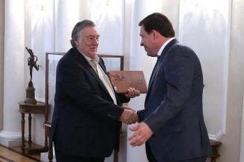 Евгений Куйвашев поддержал идею открытия в Свердловской области Изборского клуба