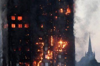 Причиной пожара в лондонской высотке назвали неисправный холодильник