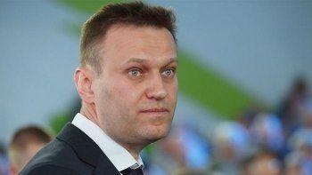 Навальный связал задержание Серебренникова с выборами президента России