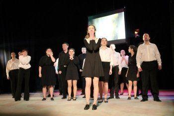 В мэрии Нижнего Тагила обсуждают слияние молодёжного и драматического театров