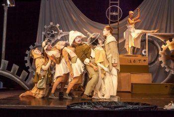 Муниципальный молодёжный театр даст уличное представление в Екатеринбурге