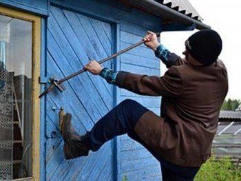 Полицейские Нижнего Тагила раскрыли по горячим следам кражу из дачного домика