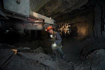 На алмазном руднике в Мирном произошла авария. В шахте находятся более 60 человек