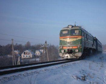 На вокзале собирают подписи в защиту поездов и электричек