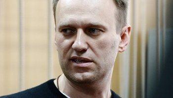 Алексей Навальный вышел на свободу после 15 суток ареста